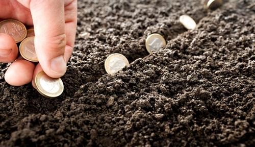 Cách tính tiền sử dụng đất được xác định trên căn cứ nào?