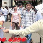 Phát tờ rơi trên đường phố sẽ bị xử phạt hành chính