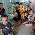 Thủ tục nhận con nuôi tại các làng trẻ mồ côi