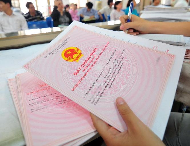 Các tờ khai cần có trong hồ sơ sang tên sổ đỏ