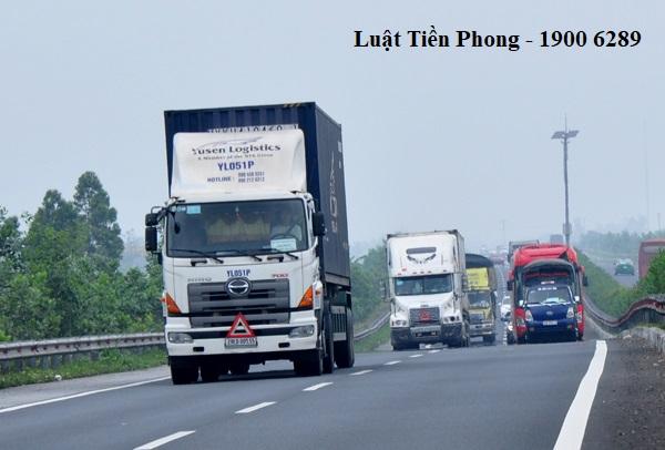 Có mấy hình thức kinh doanh dịch vụ vận tải bằng ô tô?